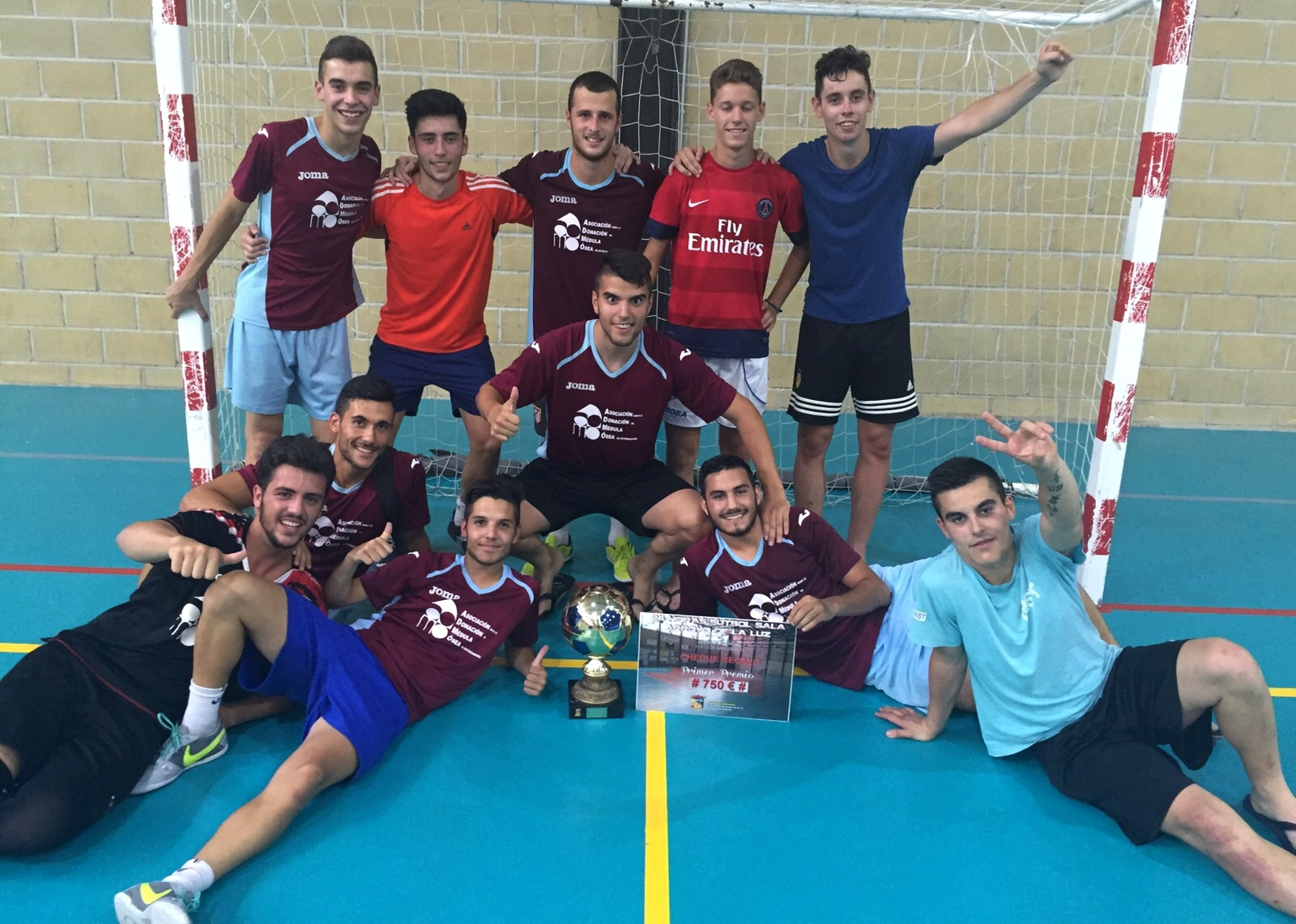 58f7daab7f0d9 Hoy queremos felicitarles porque han ganado las 24 horas de fútbol sala de  Arroyo de la Luz y han sido semifinalistas de las 24 h. de Malpartida de  Cáceres.